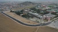 ISPARTA BELEDİYESİ - Isparta Belediyesi, Üniversite Kampüslerini Asfaltladı