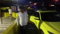 Tuzla'da Durdurulan İki Araçta 13 Yabancı Uyruklu Şahıs Bulundu