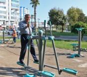 MUSTAFA ÖZTÜRK - Yavuz Özcan Parkı'nda Spor Alanı Oluşturuldu