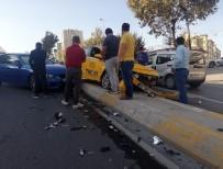 Amerikalı Kadın, Esenyurt'ta Kazada Yaralandı