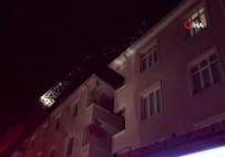 Avcılar'da Korkutan Ev Yangını