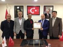 Başkan Er'den Adli Tıp Teknikeri Çiftçi'ye Teşekkür Belgesi