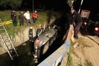 Ehliyetsiz Sürücünün Kullandığı Araç Dere Yatağına Uçtu Açıklaması 3 Yaralı