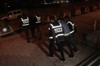 Elazığ'da 5 Ayrı Hırsızlığa Karışan 3 Şüpheli Tutuklandı