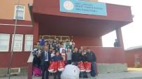 Kars'ta Öğrencilere Kışlık Giysi Yardımı