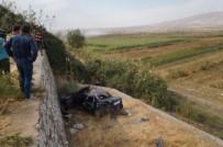 Kontrolden Çıkan Otomobil Takla Atıp Şarampole Yuvarlandı