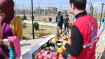 Ağrılı Gençler Sattıkları Ürünleri Mehmetçiğe Gönderecek