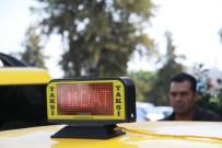 YARDIM ÇAĞRISI - Bu Taksiyi Gören Hemen Polisi Arayacak