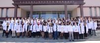ESOGÜ'lü Genç Diş Hekimi Adayları Beyaz Önlüklerini Giydi