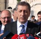 SIVAS KONGRESI - Milli Eğitim Bakanı Selçuk Sivas'ta