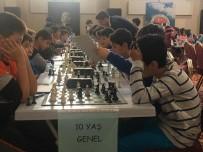 Elazığ'da Küçükler Ve Yıldızlar Satranç Turnuvası