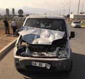 Kahramanmaraş'ta Trafik Kazası Açıklaması 1 Yaralı