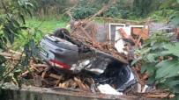 Otomobil Kulübeye Çarptı Açıklaması 1 Ölü, 1 Yaralı