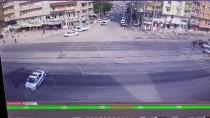 Polis Aracı, Yolun Karşısına Geçmeye Çalışan Engelliye Siper Oldu