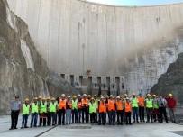 Türkiye'nin En Yüksek Barajının İnşaatından Mehmetçiğe Selam
