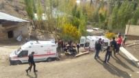 Yüksekova'da İnşaat Çöktü Açıklaması 5 Yaralı
