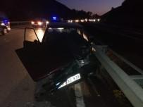 '253 Promil' Alkollü Sürücü Bariyere Çarptı Açıklaması 2 Yaralı