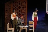 'Aşkımız Aksaray'ın En Büyük Yangını' Tiyatro Oyunu Başakşehir'de