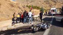 Elazığ'da Motosiklet Devrildi Açıklaması 2 Yaralı