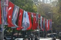 İzmit Türk Bayrakları İle Donatıldı