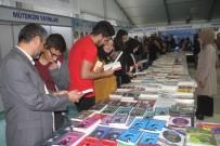 Kitap Fuarını 3 Günde 30 Bin Kişi Ziyaret Etti