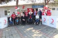 Kızılay'dan Omurilik Felçlileri Derneğine Tekerlekli Sandalye Desteği