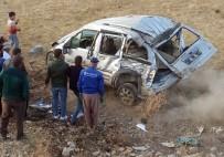 Yüksekova'da Trafik Kazası Açıklaması 2 Yaralı