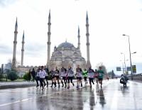 10. Uluslararası Adana Kurtuluş Yarı Maratonu Ve Halk Koşusu