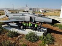 42 Sene Türk Ve ABD Ordusuna Hizmet Etti, Şimdi Öğrencilerin Emrinde