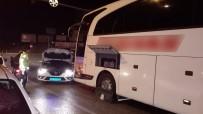 Arızalanan Otobüsün Şoförünün İmdadına Polisler Yetişti