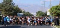 Erzincan'da Cumhuriyet Koşusu Yapıldı