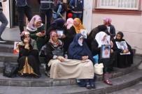 HDP Önündeki Ailelerin Evlat Nöbeti 56. Gününde