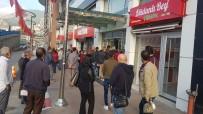 MHP'li Başkan, İşe Geç Gelen İşçi Ve Memurları Belediye Almayarak Kapıları Kapattı
