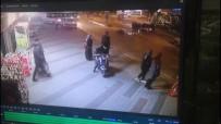 Otomobiline Çarpan Motosiklet Sürücüsünü Darp Edip Kaçtı