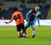 Süper Lig Açıklaması Medipol Başakşehir Açıklaması 0 - Trabzonspor Açıklaması 0 (İlk Yarı)