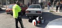 Ticari Araç İle Motosiklet Çarpıştı Açıklaması 1 Yaralı