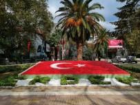 Türk Bayrağı Motifi Yenilendi