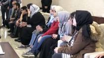 Vali Akbıyık, Kocaelili Öğrencileri Kabul Etti