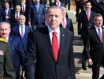 Cumhurbaşkanı Erdoğan ve beraberindeki devlet erkanı Anıtkabir'de
