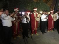 MEHTERAN TAKıMı - Eyüpsultan'da Cumhuriyet Bayramı Mehteranla Kutlandı