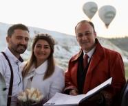 SıRADıŞı - Gökyüzünde Sıcak Hava Balonunda Nikah Töreni