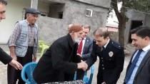 UZUN ÖMÜR - Kaymakamın İlk Ziyareti 107 Yaşındaki Vakkas Dedeye Oldu