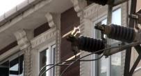 (Özel) Esenyurt'ta Elektrik Trafosunda Korkutan Görüntü