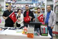 Türk Bayrağı Hediye Edip Kan Şekerlerini Ölçtüler