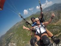 750 Metrede Yaşanan Panik Kadın Turisti Pes Ettirmedi