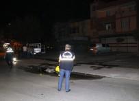 Balkonda Kahve İçtiği Sırada Silahlı Saldırıya Uğrayan Genç Ağır Yaralandı