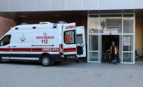 YILDIRIM DÜŞTÜ - Erzincan'da Yıldırım Düşmesi Sonucu 2 Asker Hafif Yaralandı
