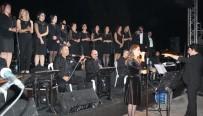 Alaşehirliler Cumhuriyet Konseriyle Coştu