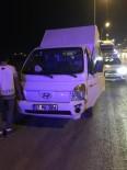 Antalya'da Kamyonet Bariyerlere Çarptı Açıklaması 3 Yaralı