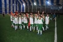 Cumhuriyet Kupasında Dostluk Kazandı